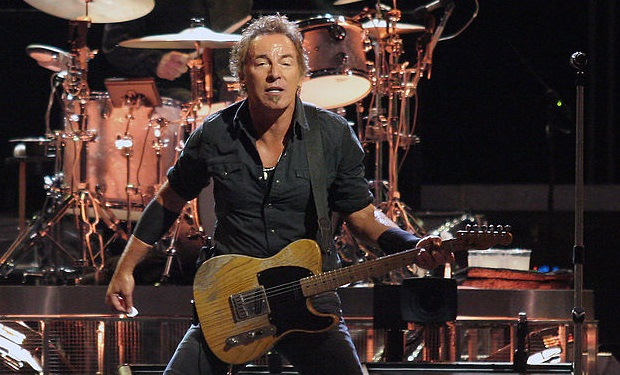 1024px-Bruce_Springsteen_20080815