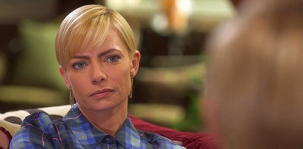 Jaime Pressley, Hollywood Teen Medium, E!