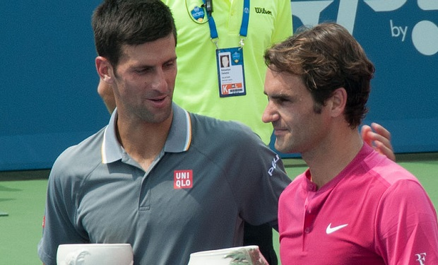 Federer_and_Djokovic_Cincinnati_Masters_2015