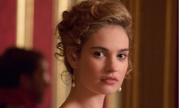 Still of Lily James in War & Peace