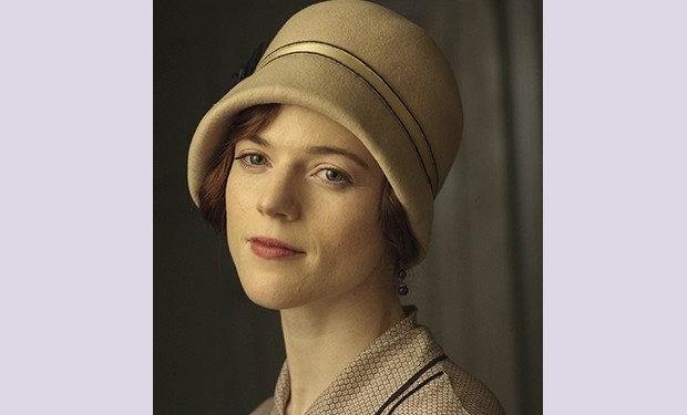rose leslie downton