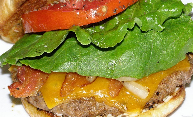 Bacon_cheeseburger