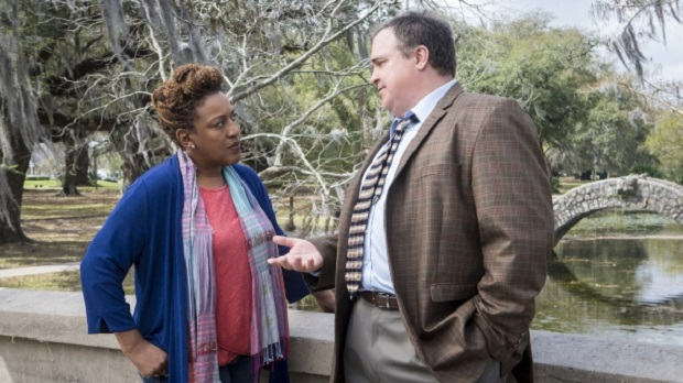 ncis_new_orleans_cch_pounder_1