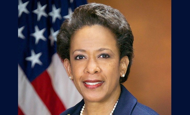 Loretta_Lynch,_official_portrait