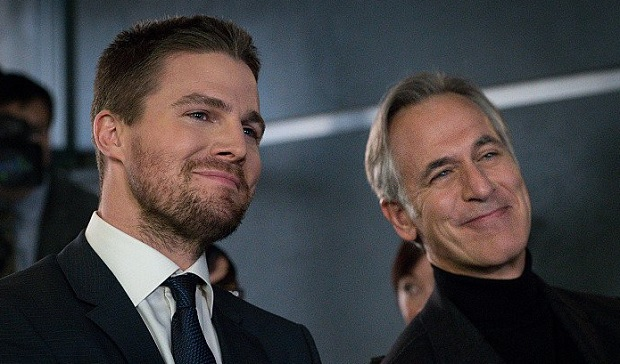 Tom Amandes and Stephen Amell in Arrow, The CW