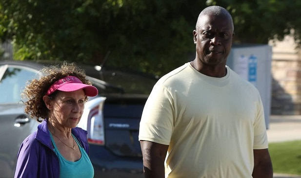 L-R: Guest star Rhea Perlman and Andre Braugher in the ÒCoral Palms Pt.1Ó season premiere episode of BROOKLYN NINE-NINE airing Tuesday, Sept. 20 (8:00-8:31 PM ET/PT) on FOX.Ê ©2016 Fox Broadcasting Co. CR: Ray Mickshaw/FOX.