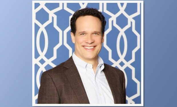 Diedrich Bader American-housewive-abc