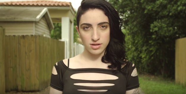 emily-estefan Reigns Every night
