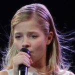 jackie_evancho_in_black_dress_at_mandalay_bay