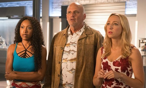 L-R: Gabrielle Dennis, Kurt Fuller, and Anna Konkle on Rosewood (photo: Michael Desmond/FOX)