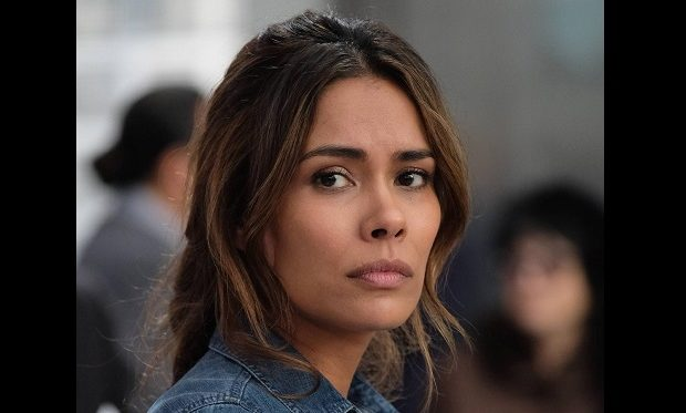 Daniella Alonso on LETHAL WEAPON Cr: Darren Michaels/FOX