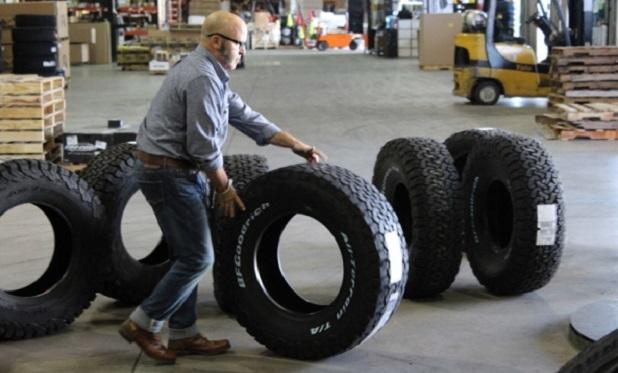 4 Wheels parts, Undercover Boss, CBS
