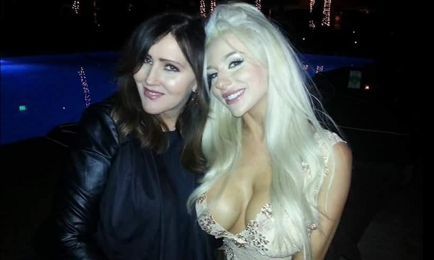 Courtney Stodden Duct Tape Bikini On Mother Daughter