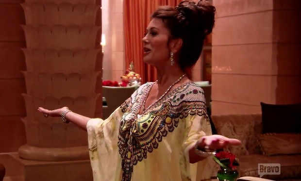 Lisa Vanderpump in kaftan