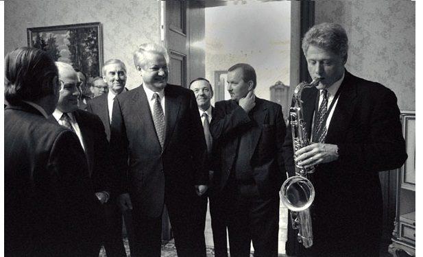 bill_clinton_and_boris_yeltsin_1994