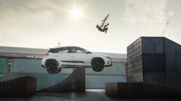 Toyota Yaris Heykers ad
