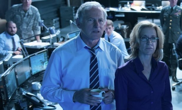 victor-garber-felicity-huffman-big-game