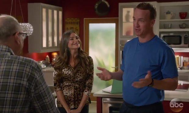 Peyton Manning Modern Family ABC