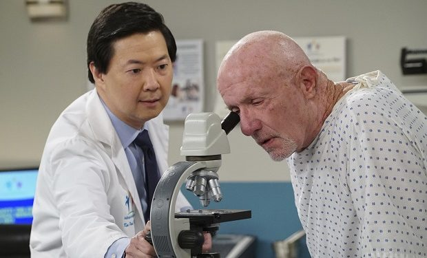 (ABC/Ron Tom) KEN JEONG, JONATHAN BANKS