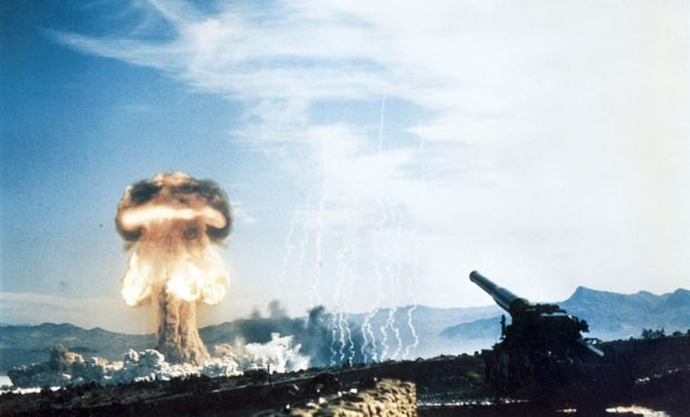 Nuclear_artillery_test_Grable_Event_-_Part_of_Operation_Upshot-Knothole