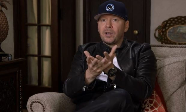 Donnie on Wahlburgers aand e