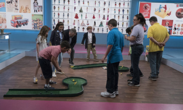 Noochie Golf The Toy Box ABC