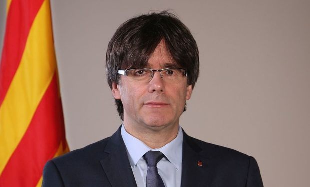 President_Carles_Puigdemont_(cropped)
