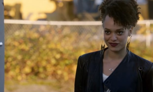 The Flash CW Britne Oldford