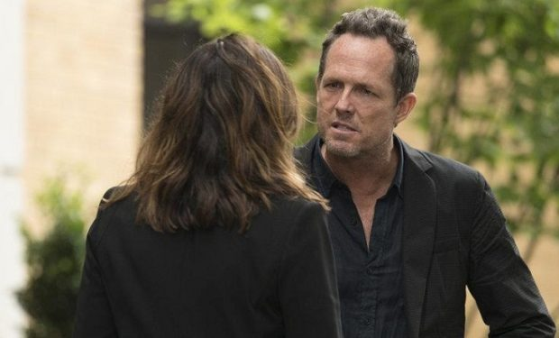 Dean Winters as Brian Cassidy -- (Photo by: Michele Short/NBC)