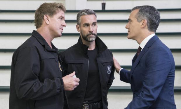 SWAT Mayor guest star