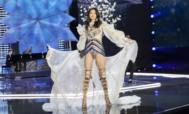 Ming Xi Victorias Secret model