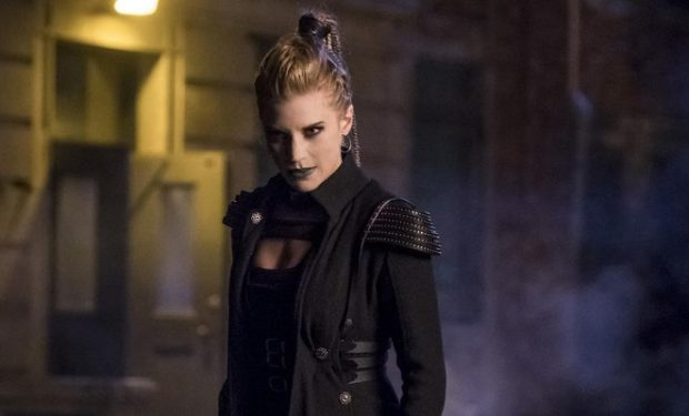 The Flash Amunet Katee Sackhoff CW