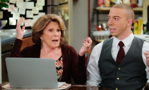 (L-R) Linda Lavin as Judy and Matt Murray as Nick Photo: Darren Michaels/CBS