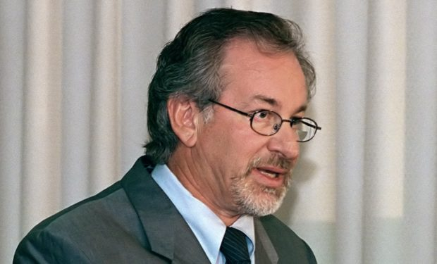 Steven_Spielberg_1999
