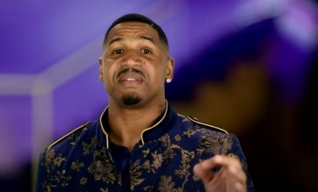 Stevie J talking