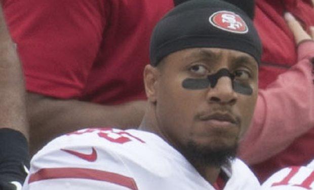 Eric Reid kneels 49ers at Redskins 10/15/17