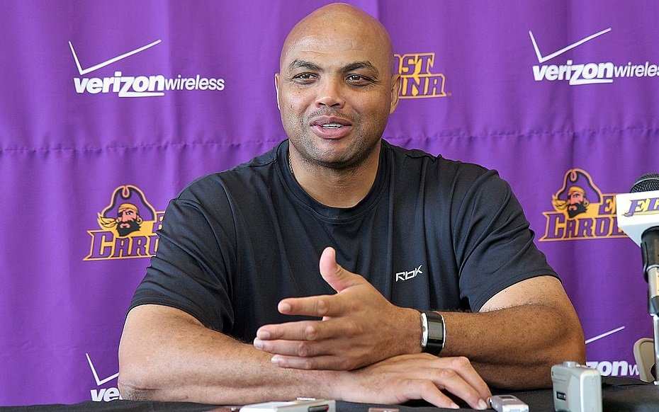 NBA Legend Charles Barkley Eats His Words, They Taste Like Curry