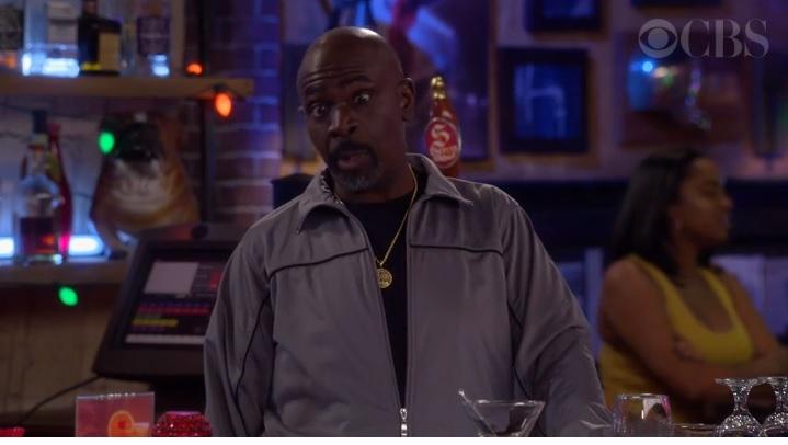 Who Is Old School Bartender Ernie on 'The Neighborhood'?