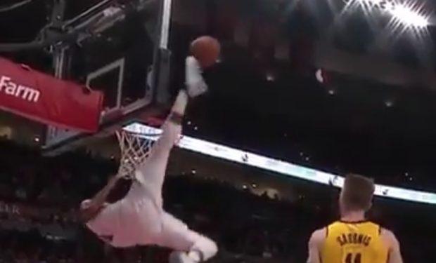 Moe Harkless blocks shot with foot