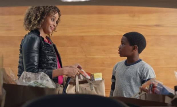 Buick Envision Groceries Commercial Gorgeous Mom played by Presilah Nunez