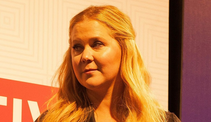 Amy Schumer Caught Neglecting Newborn Baby For Howard Stern