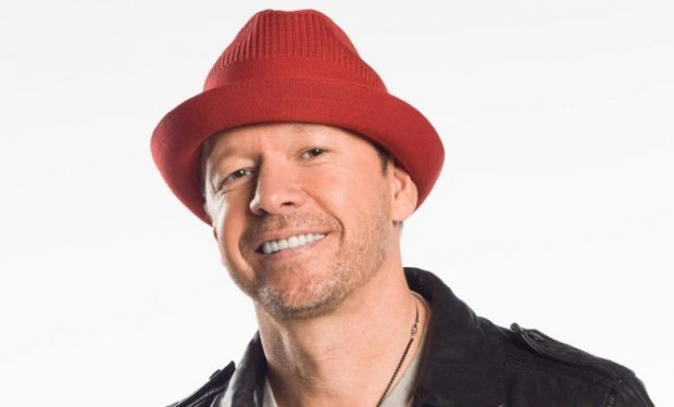 Donnie Wahlberg Wahlburgers A&E