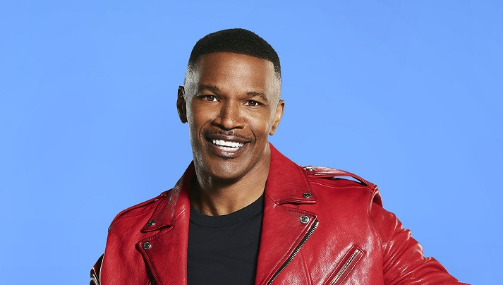 Jamie Foxx Shares Home Video of His 2 Adorable Dogs Watching TV