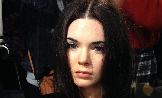 Kendall_Jenner_figure