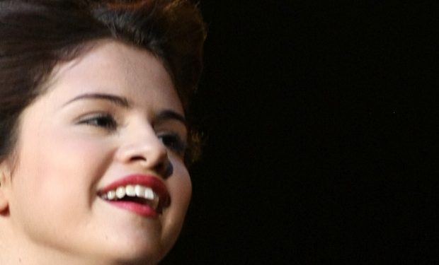 Selena Gomez decides to release a song about an unfaithful ex
