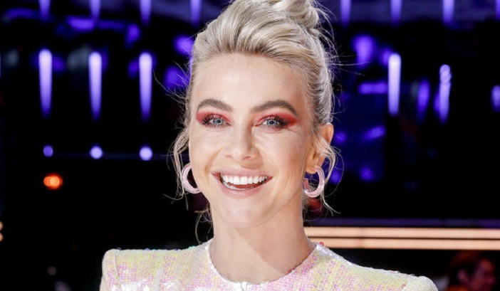 Julianne Hough's Stunning AGT Finale Look Has DWTS Star In Awe