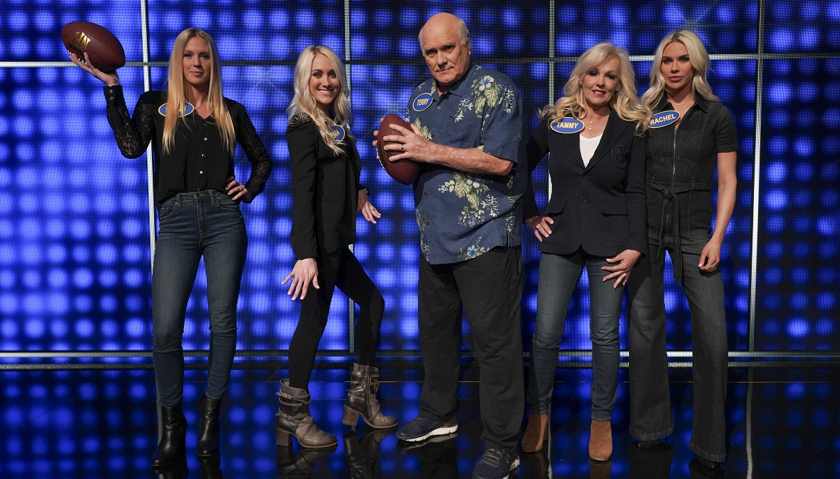 Terry Bradshaw's Gorgeous Daughters Flaunt Bikinis Before Family Feud