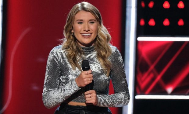 "THE VOICE -- ""Blind Auditions/Battle Rounds"" Episode 1707 -- Pictured: Gracee Shriver -- (Photo by: Justin Lubin/NBC)"