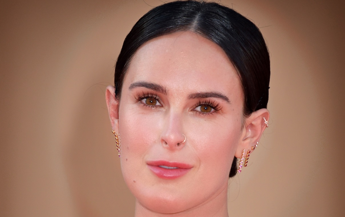 """Rumer Willis Looks Like Disney Princess """"Frolicking In Forest"""" Pic"""