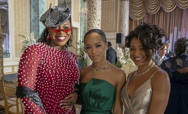 "EMPIRE: L-R: Ta'Rhonda Jones, Serayah and Rhyon Nicole Brown behind the scenes in the ""Love Me Still"" episode of EMPIRE airing Tuesday, March 31 (9:00-10:00 PM ET/PT) on FOX. ©2020 Fox Media LLC. CR: Chuck Hodes/FOX."